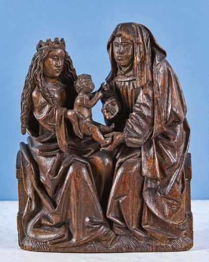 Sainte Anne Trinitaire en chêne sculpté....