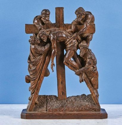 La Descente de Croix en chêne sculpté en...