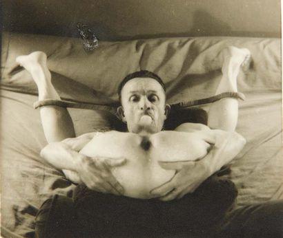 [MOLINIER]. Pierre Molinier. A film by Raymond Borde. Text by André Breton. Paris,...