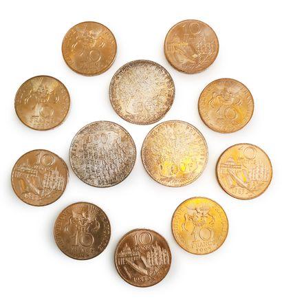 Lot comprenant 3 pièces de 100 francs et...