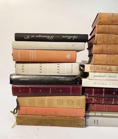 Lot of literature including Chekhov, Montaigne, Plato, Stendal, Malraux, Rabela...