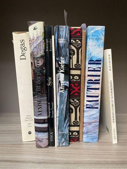 Lot de livres beaux arts comprenant Degas, Venise, Syrie, Keifer, Tissus copte,...