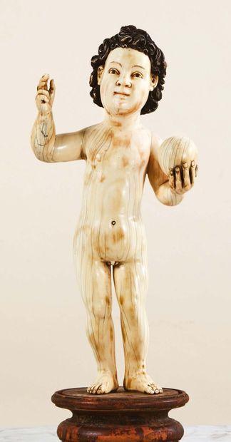 Enfant Jésus, Sauveur du Monde, en ivoire...