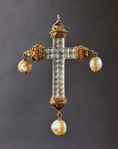 Croix pendentif en cristal de roche avec...