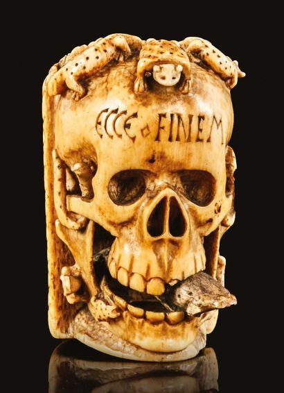 Exceptionnel memento mori en ivoire sculpté...