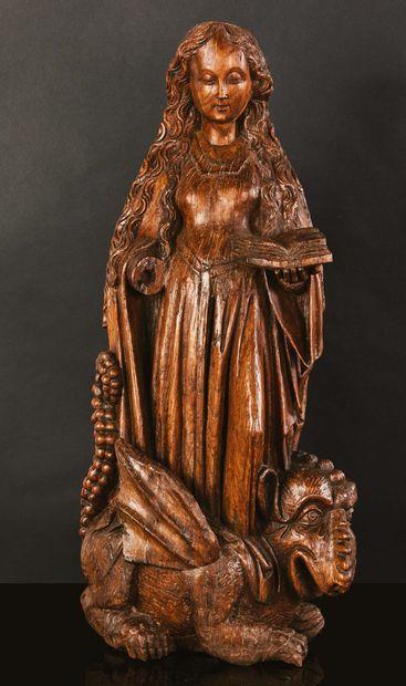 Sainte Marguerite en chêne sculpté, dos creusé....