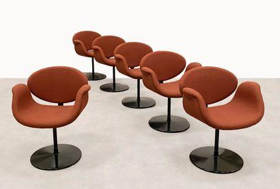 PIERRE PAULIN (1927-2009) Suite de 6 chaises...