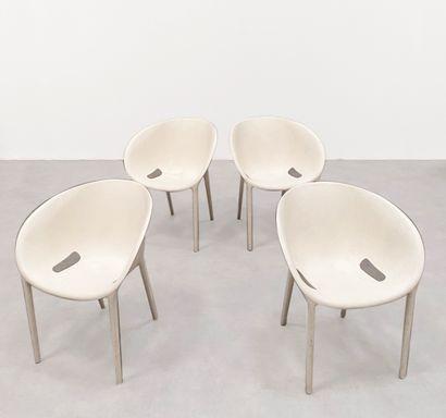 PHILIPPE STARCK(Né en 1949) Série de 4 chaises...
