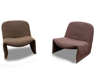 GIANCARLO PIRETTI (Né en 1940) Paire de fauteuils...