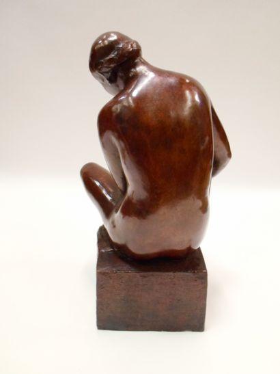 José Clara AYATS (1878-1958) Déesse Epreuve en bronze à patine brune signée J. Clara...