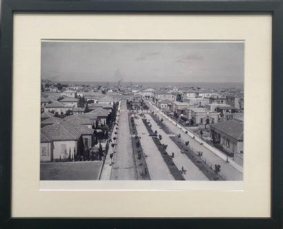 AVRAHAM SOSKIN (Né en 1963) Boulevard Rothschild,...