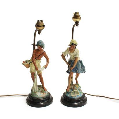 Paire de lampes représentant des pêcheurs...