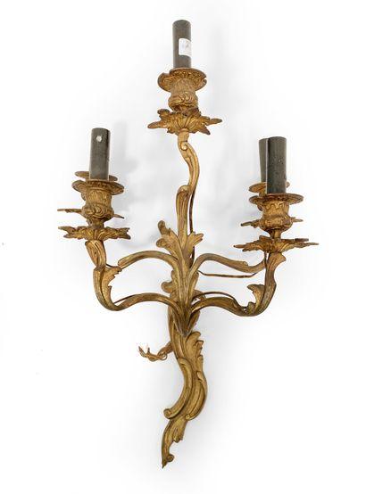 Applique en bronze doré à cinq bras de lumière,...