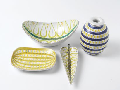 STIG LINDBERG (1916-1982) Vase, vers 1960 Faïence, émail blanc et décor peint main...