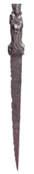 Rare dague dont la poignée est une Sainte Catherine d'Alexandrie en bronze, Pays-Bas...