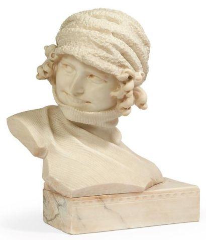 BUSTE DE FEMME coiffée d'un bonnet et vêtue...