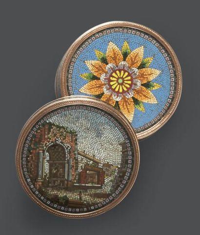 TABATIÈRE de forme ronde en micro mosaïque...