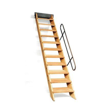 LE CORBUSIER (1887-1965) & JEAN PROUVÉ (1901-1984) Escalier à douze marches en bois...