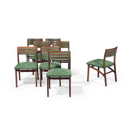 Ico PARISI (1916-1996) Suite de huit chaises modèle «110» Palissandre et velours...