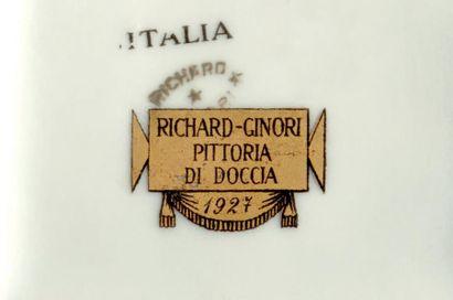 """Gio PONTI (1891-1979) Deux boites modèle «159s» à decor """"682» dit """"Labirintesca""""..."""