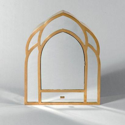 Gabriella CRESPI (née en 1922) Mirroir «Cathédral» ouvrant à une porte et un tiroir...