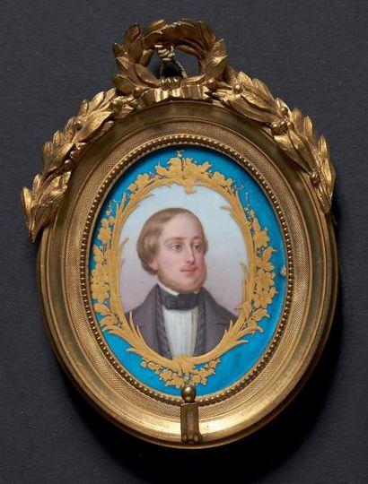 MINIATURE ovale sur porcelaine de Sèvres...