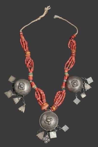 Collier, vallée du Draa à six brins de perles...