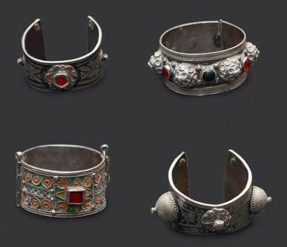 Trois bracelets en argent, Anti Atlas occidental,...