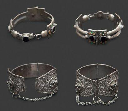 Deux paires de bracelets de cheville, khalkhal...