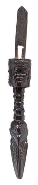 POIGNÉE DE TAMBOUR rituel en bois «Dyangro»...