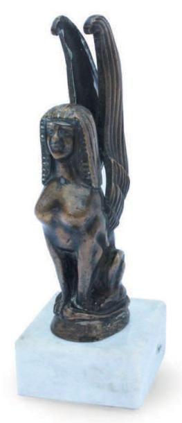 «Femme sphinx» en bronze