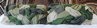 Fernando & Humberto Campana Paire de coussins en laine édités par Trousseau H_50...