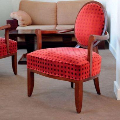 Paire de fauteuils de style Louis XVI revisité,...