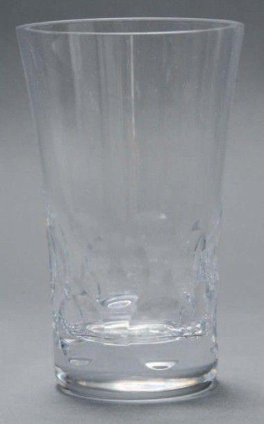 Six gobelets en cristal de Baccarat, modèle...