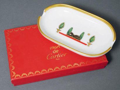 Cendrier en porcelaine par Cartier, «la maison...