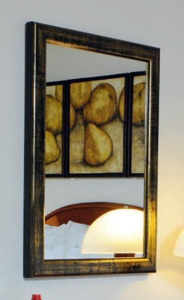 Miroir en bois laqué or à patine noire H_80...