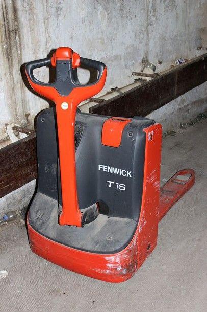 Transpalette électrique FENWICK T16 carosserie...