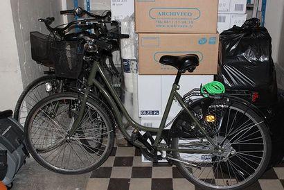 2 bicyclettes siglées Concorde Hôtel (à ...