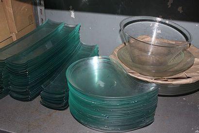 Lot de 60 bols circulaire en verre D 19 cm,...