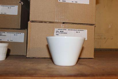 Lot de 60 pots en porcelaineH_6,5cm APIL...