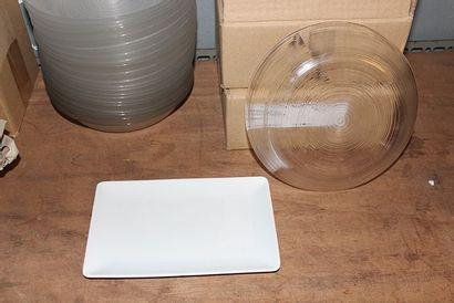 Lot de 20 assiettes en verre strié 19,5cm...
