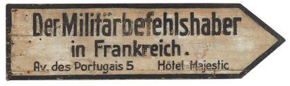 «Der Militär...Hotel Majestic» Panneau indicateur...