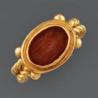 BAGUE en argent doré torsadé de style antique,...