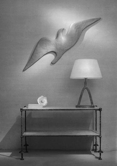 ALBERTO GIACOMETTI (1902-1966) L'albatros , 1928-1983 Résine synthétique couleur...