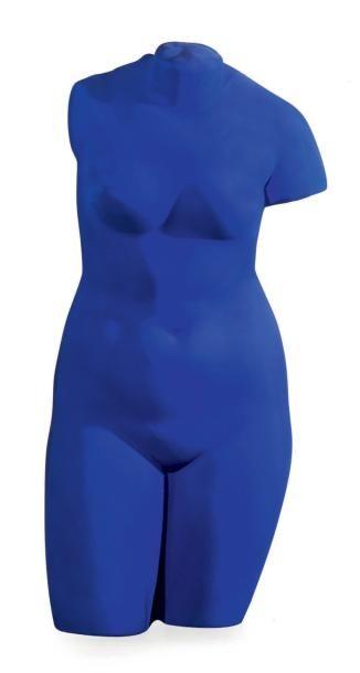 Yves KLEIN (1928-1962) La Vénus d'Alexandrie, 1962-1982 Plâtre peint IKB. Conçu en...