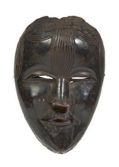MASQUE anthropomorphe en bois sculpté de...