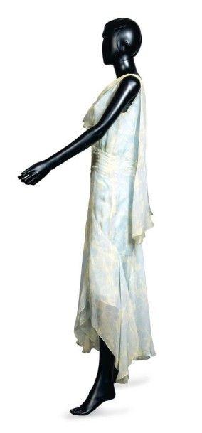 JEAN PATOU, circa 1929 ROBE D'APRES-MIDI en mousseline de soie imprimée à décor de...