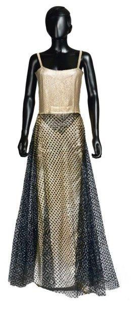 JEAN PATOU, circa 1935/38 FOURREAU en ottoman lamé agrémenté d'une jupe en forme...