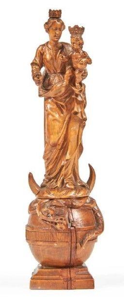 PETITE VIERGE À L'ENFANT en buis sculpté...