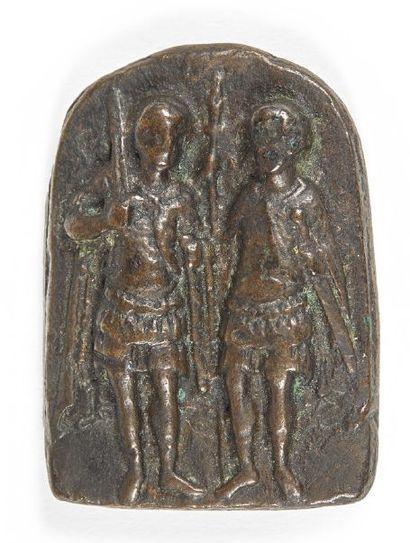 PLAQUETTE en bronze de forme cintrée représentant...